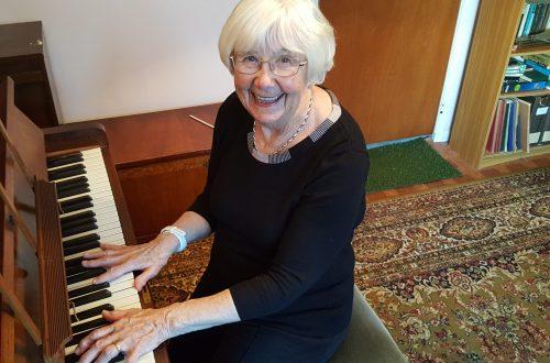 Beryl Francis